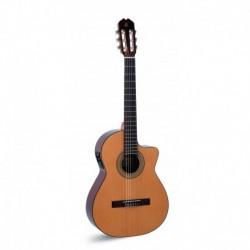 "Guitarra ""ADMIRA"" Juanita Electrificada con Cutaway FISHMAN"