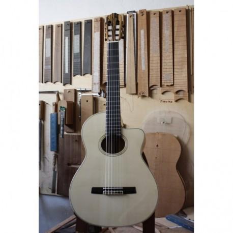 Guitarra Raimundo 633E