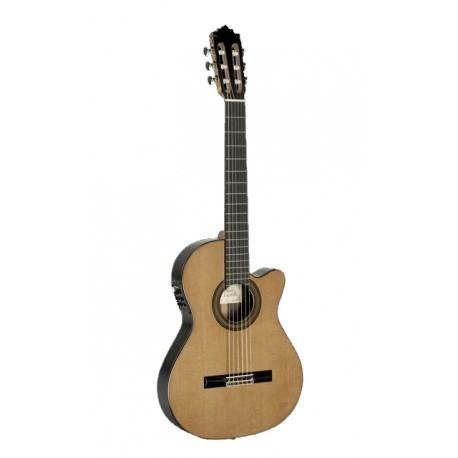 Guitarra clásica amplificada Paco Castillo 235TE