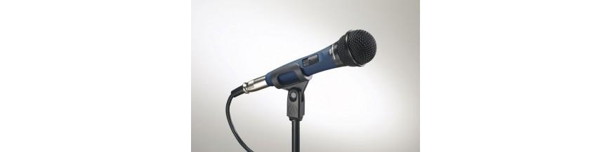 07.04 - Micrófonos de mano/soporte